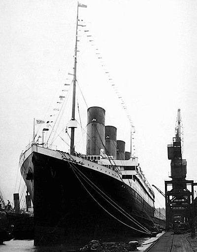 468px-Titanic_southhampton.jpg.jpeg